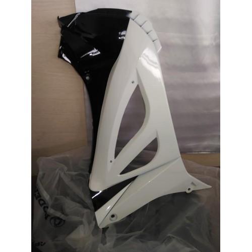 Ποδιά Εσωτεριή Δεξιά για Μαυρο Μodenas Kriss Efi 125cc